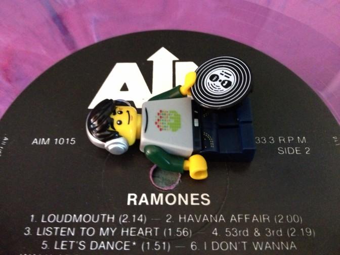 Ramones03