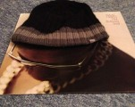 The astonishing 3D effect you can achieve by 'hatting' Mr Hayes