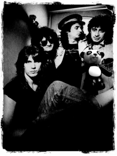 Don't give me no lines and feed the panda yourself ...