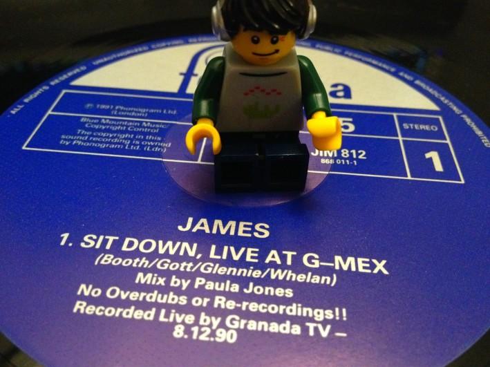 James sit down 04