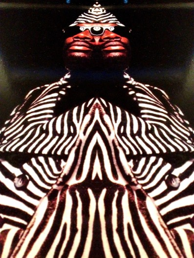 All kneel and worship!
