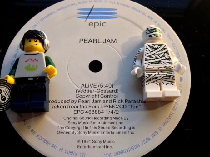 Pearl Jam Alive 01