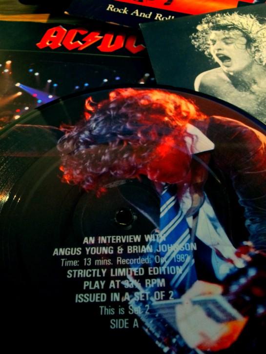 ACDC singles 01