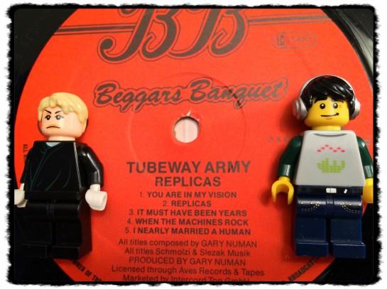 Tubeway Army Replicas 03