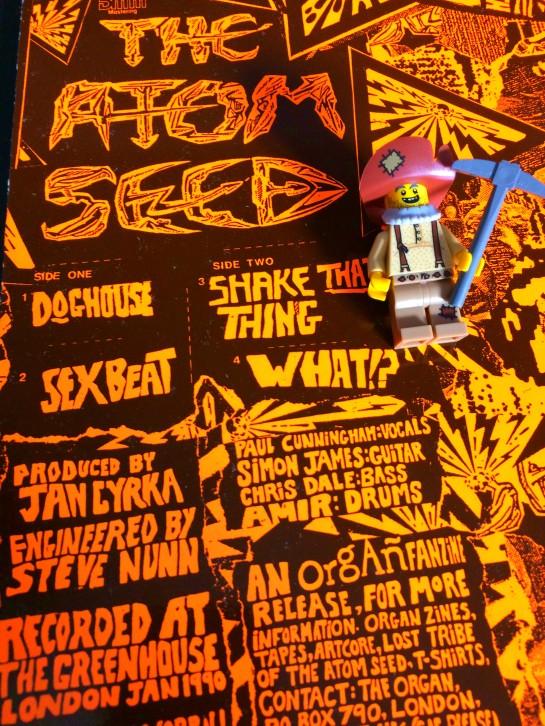 Atom Seed Get In Line 03