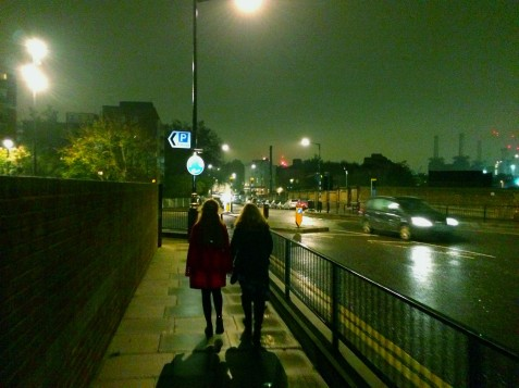 Love cities at night - spot Floyd LP cover reference, somewhere to the right of mon famille.