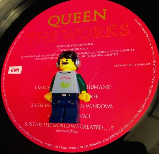 Queen Works 09