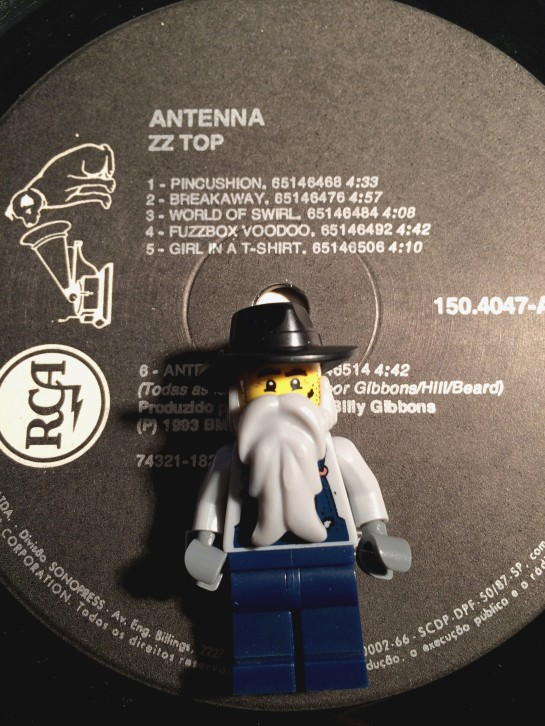 ZZ Top Antenna 09