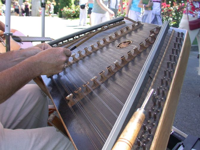 Hammered dulcimer - stolen from Wikipedia