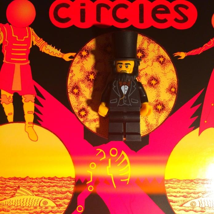 Moon Duo Circles 05
