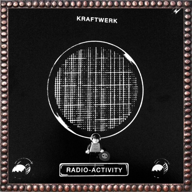 Kraftwerk Radio-Activity 01 (2)