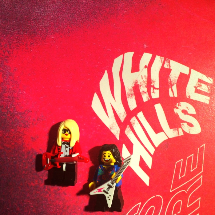 White Hills Heads on Fire 01