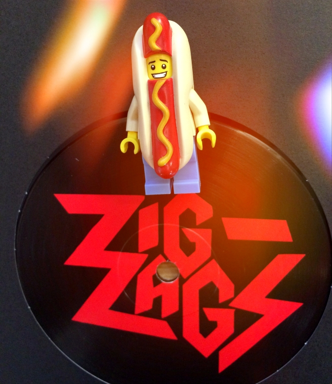 Zig Zags Running Out Of Red 02