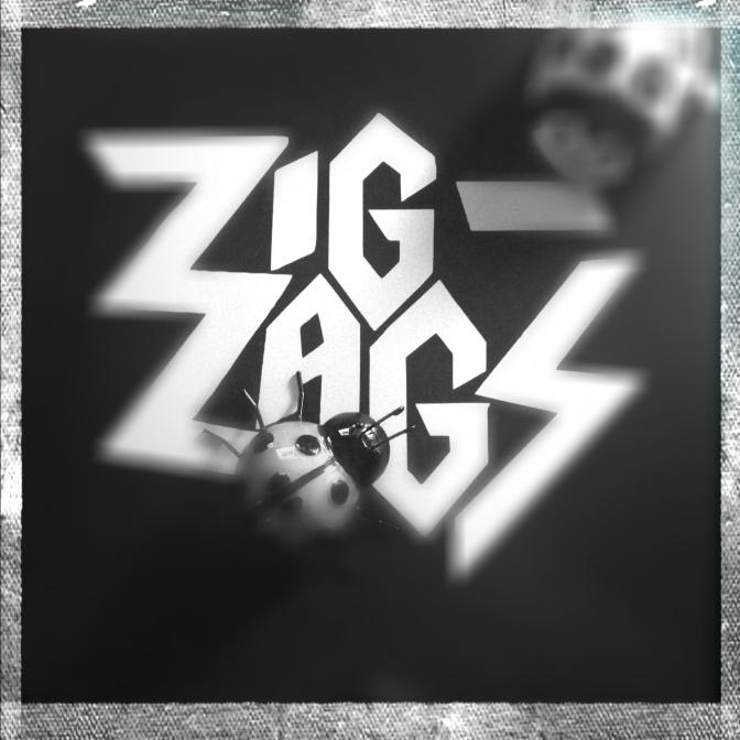 Zig Zags Running Red 03