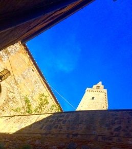 Gotta dig that Tuscan geometry. San Gimignano.